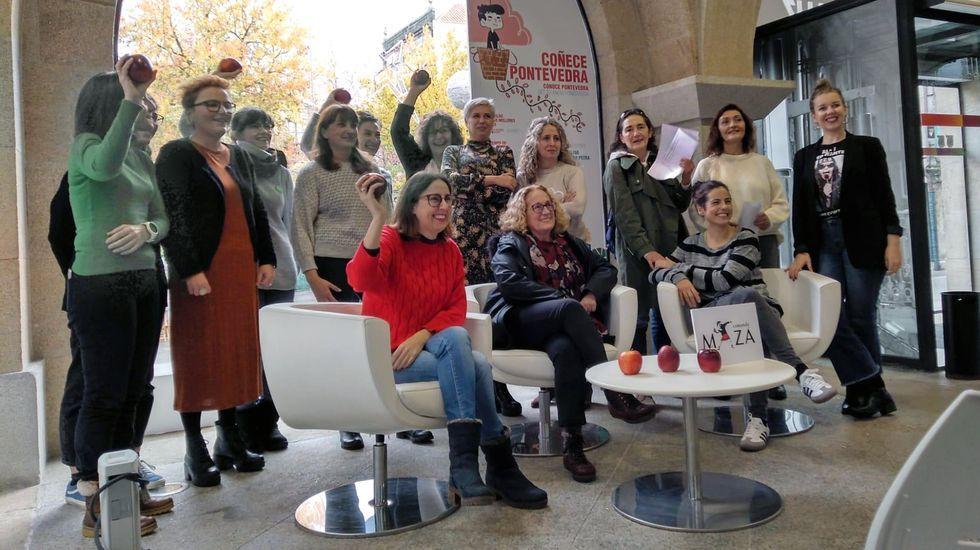 Actos del 25N en Pontevedra. Presentación del colectivo feminista Comando Mazá
