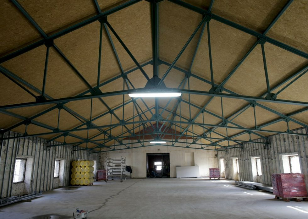 El proyecto municipal para elantiguo convento y Tabacalera.El edificio de la Palloza estrenó nueva cubierta durante el año pasado.