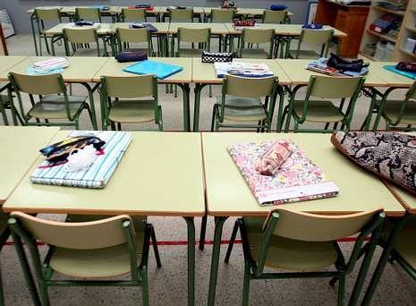Los alumnos de A Illa se fueron de vacaciones sin saber qué pasará el próximo curso.