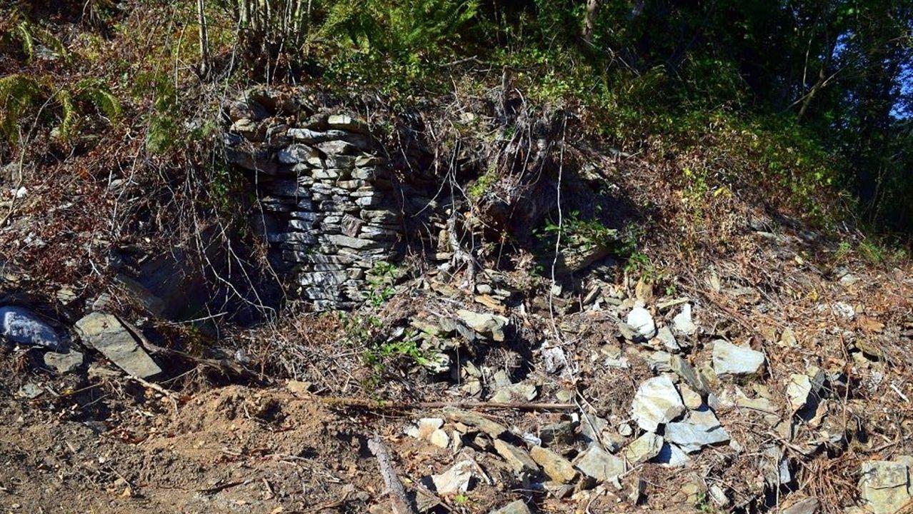 En los restos de los muros se causaron daños, denuncia Mariña Patrimonio