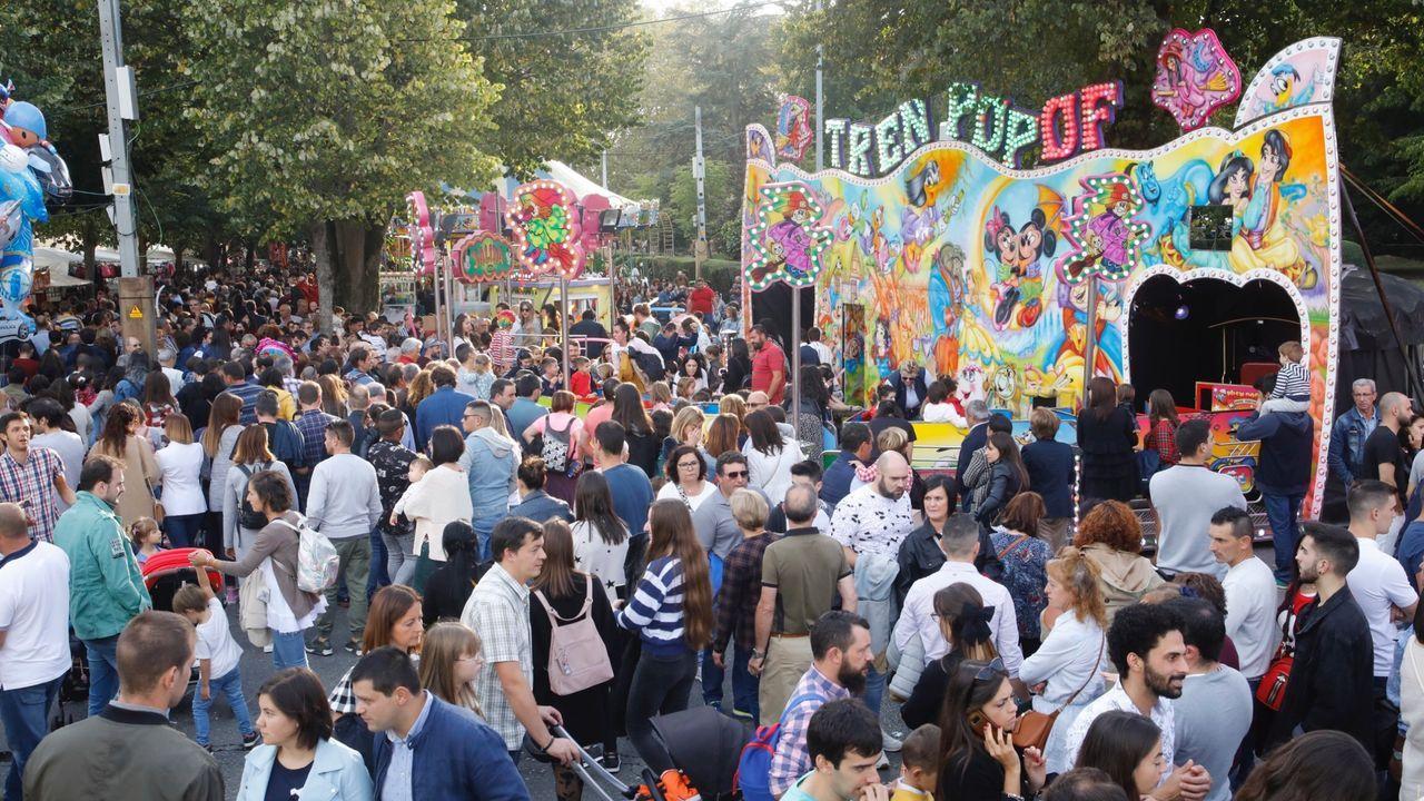 Así vive Lugo el día de San Froilán.Una imagen del ferial del San Froilán del 2019 que no se volverá a repetir este año