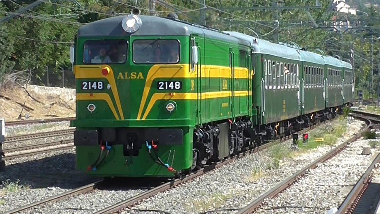 El tren turístico de Alsa en El Escorial