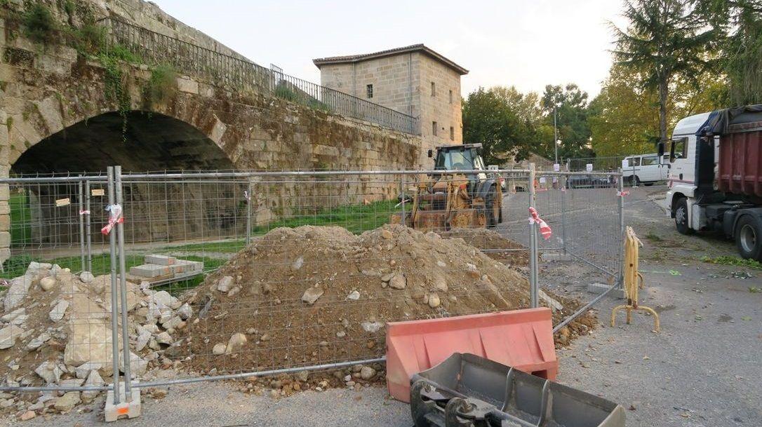 Chandebrito, tres años después de la devastadora ola de incendios.Arrancan las obras de la segunda fase del proyecto de puesta en valor del puente romano