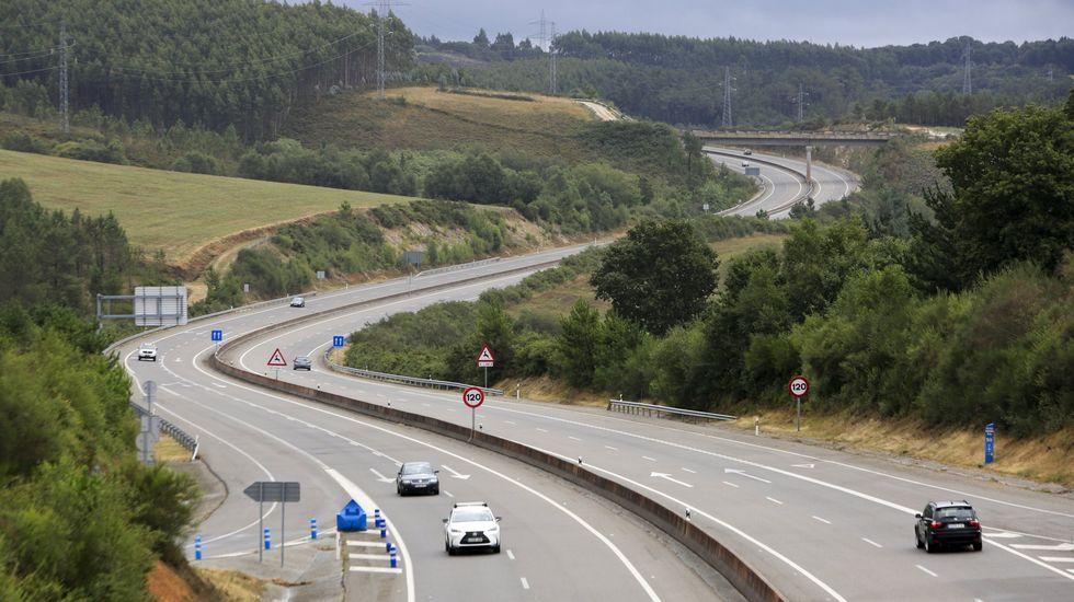 Así está la A-52 entre Ourense y Verín.La autovía de Ferrol a Vilalba es la que más tráfico perdió en el 2020 en la provincia de Lugo