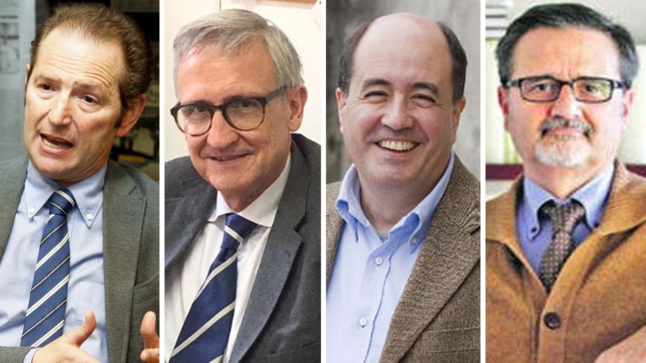 Así son las urnas del 1-O: contenedores sellados con bridasrojas.Roberto L. Blanco, Xavier Arbós, Eduardo Vírgala y Joaquín Varela