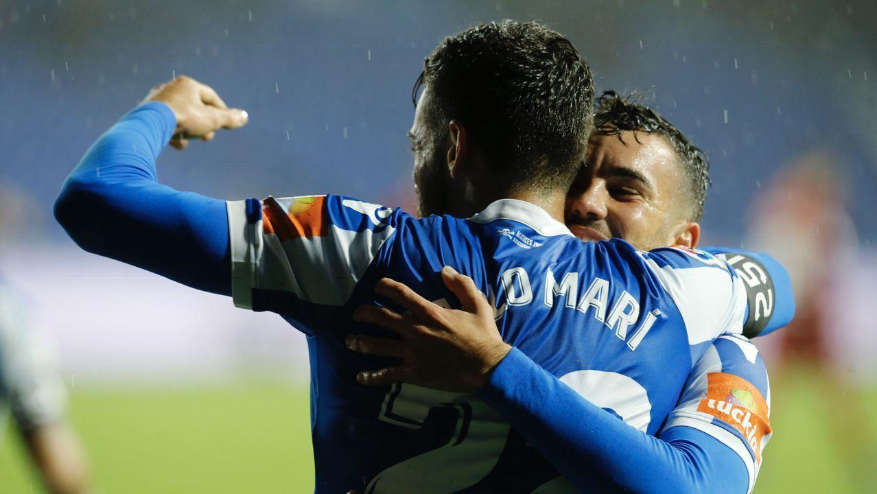 El Deportivo - Osasuna en imágenes.Carlos Fernández marcó el primer gol deportivista del pasado sábado