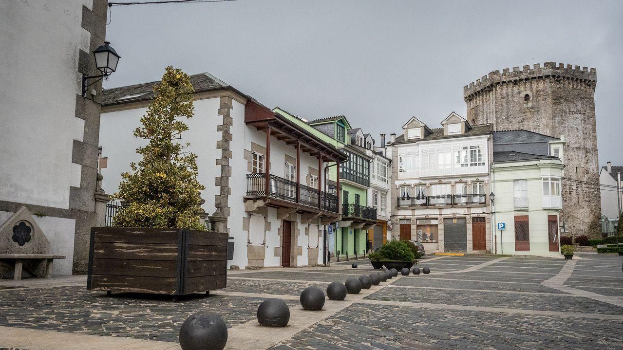 Asívotó A Coruña en las primeras elecciones poscovid.Foto de archivo de la Rúa Maior de Sarria