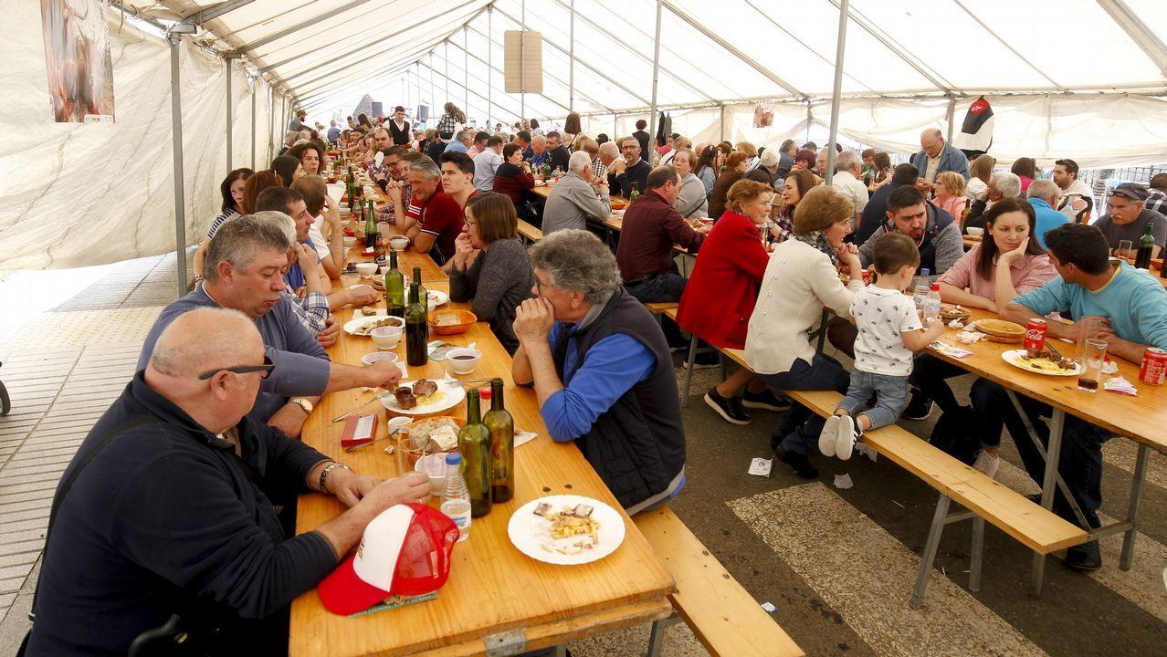 Feria do Abril en Bembibre y degustación de vaca cachena