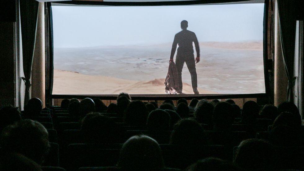El Teatro Lauro Olmo verá mejorada su iluminación