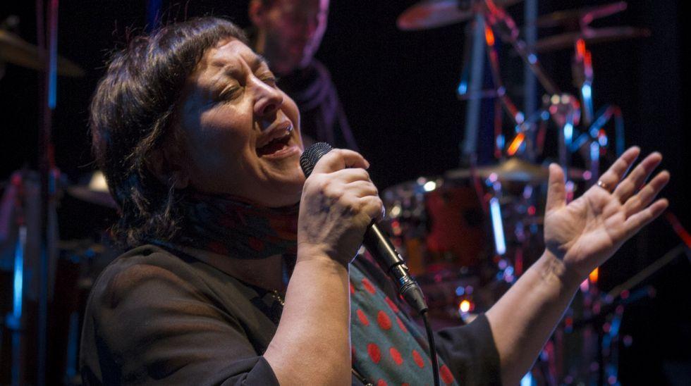 Uxía canta un tema de Zeltia Montes