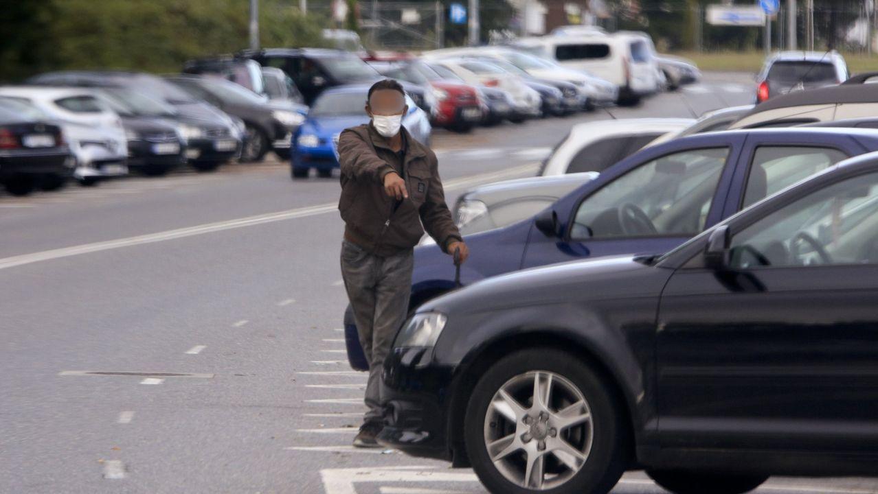 Los gorrillas se «reparten» todas las zonas de aparcamiento del HULA