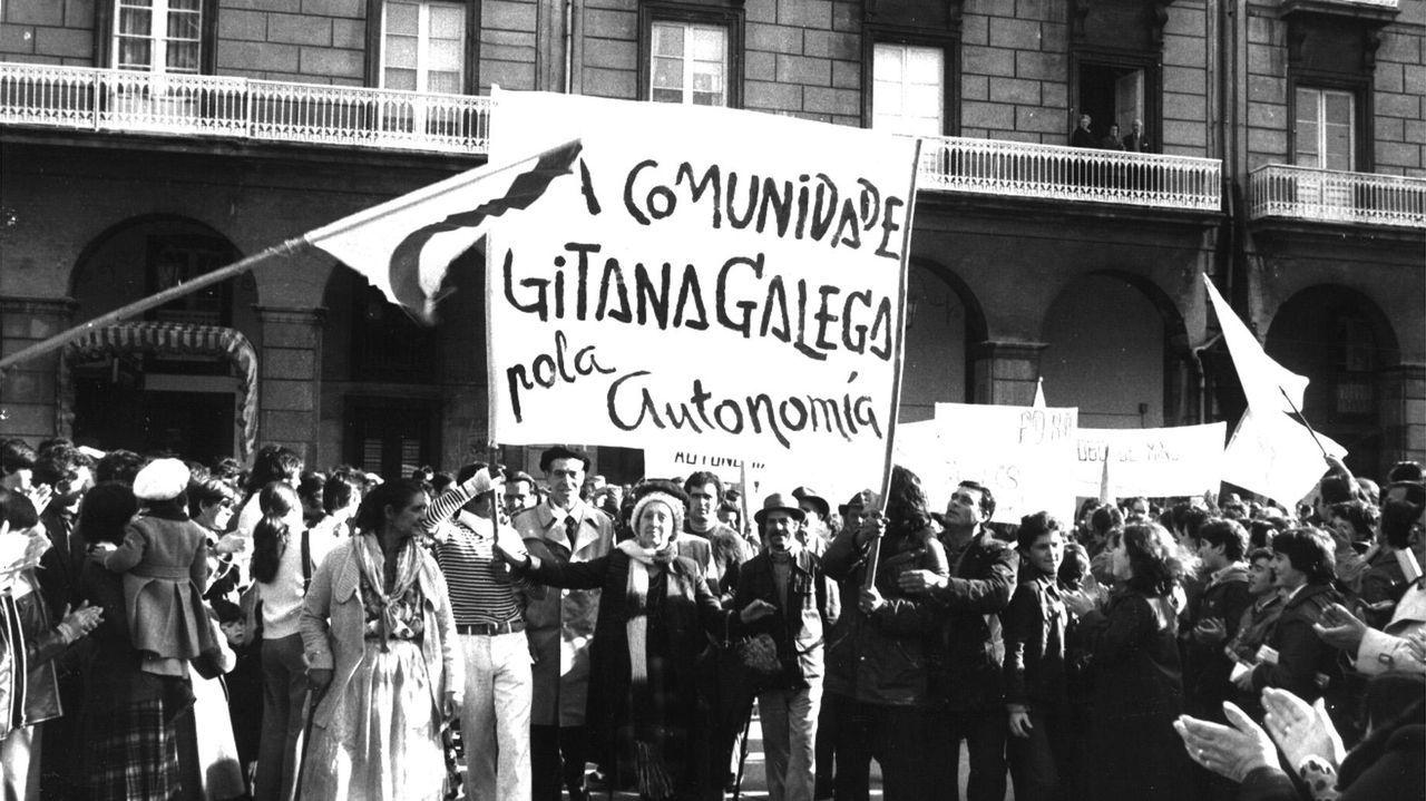 Manifestación pola autonomía, en 1979, na Coruña