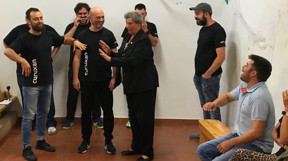 El grupo de teatro Curuxán actuó hace unos meses en San Román de O Vicedo