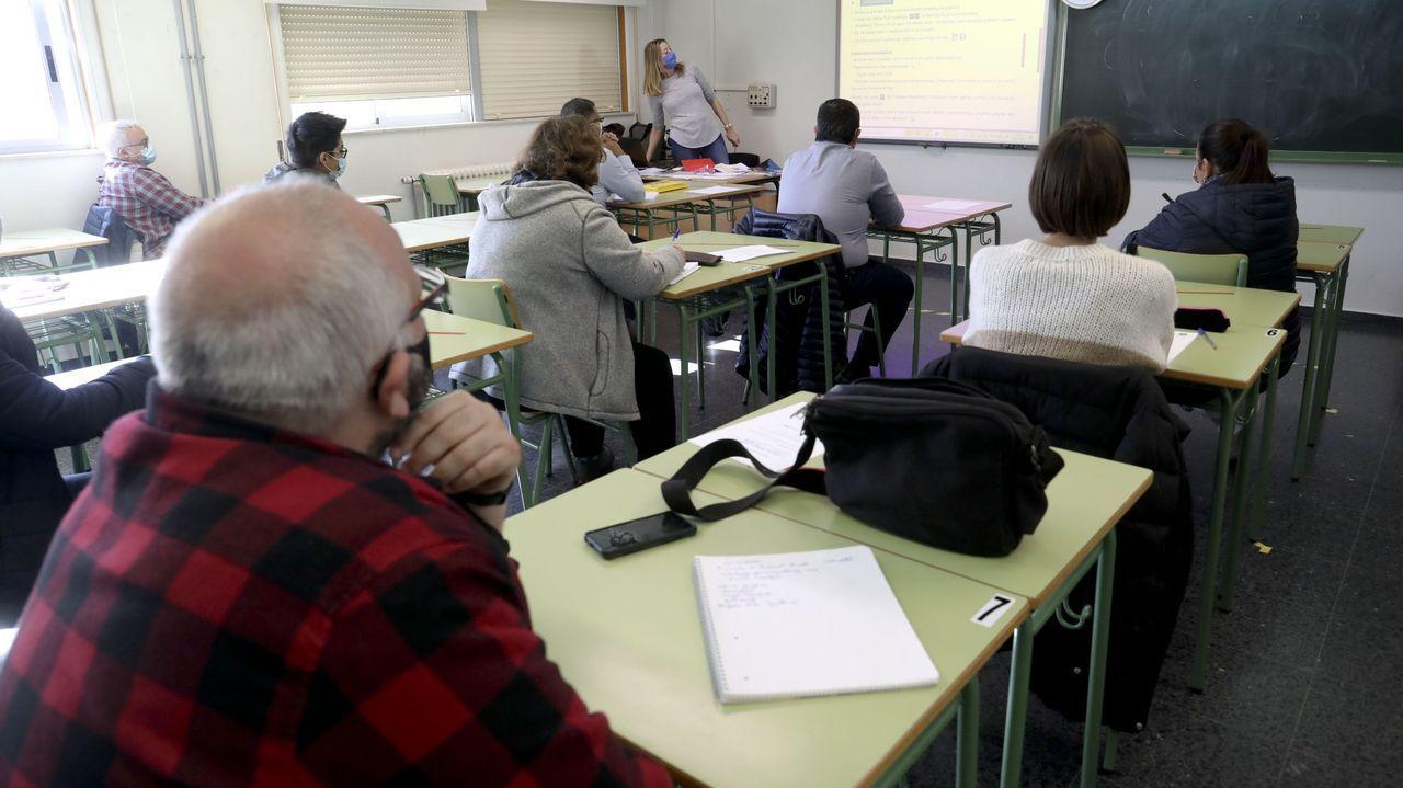 Una clase en la escola oficial de idiomas de Santiago en el mes de noviembre