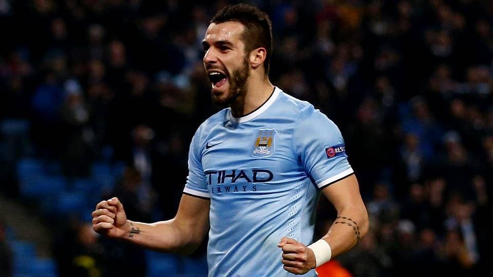 Álvaro Negredo, en un partido con el Manchester City