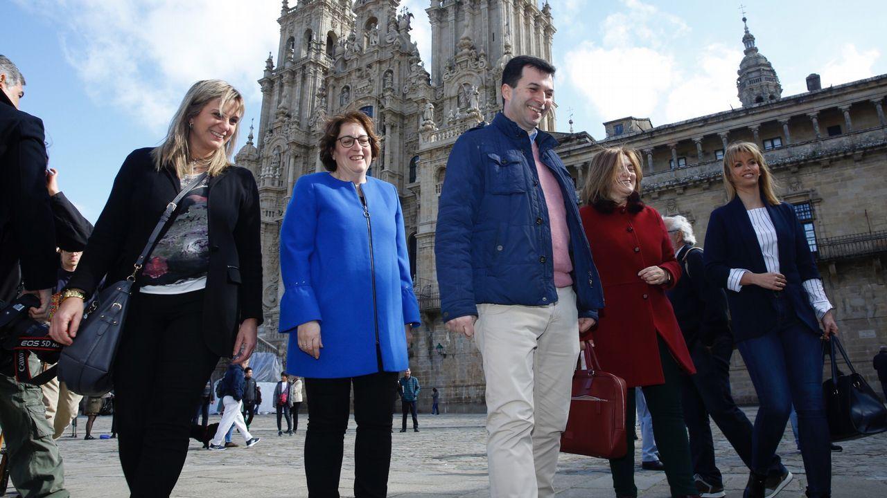 Todas las imágenes de la visita de Felipe VI a Boqueixón.La Xunta quiere destinar a Sanidad el superávit presupuestario. En la imagen, el hospital de Vigo
