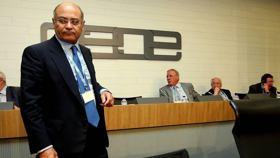 Javier Rodríguez: «Puede haber un riesgo en ponerle un micrófono delante a un médico que está tratando a un enfermo de ébola».Díaz Ferrán, en una imagen de 2010.