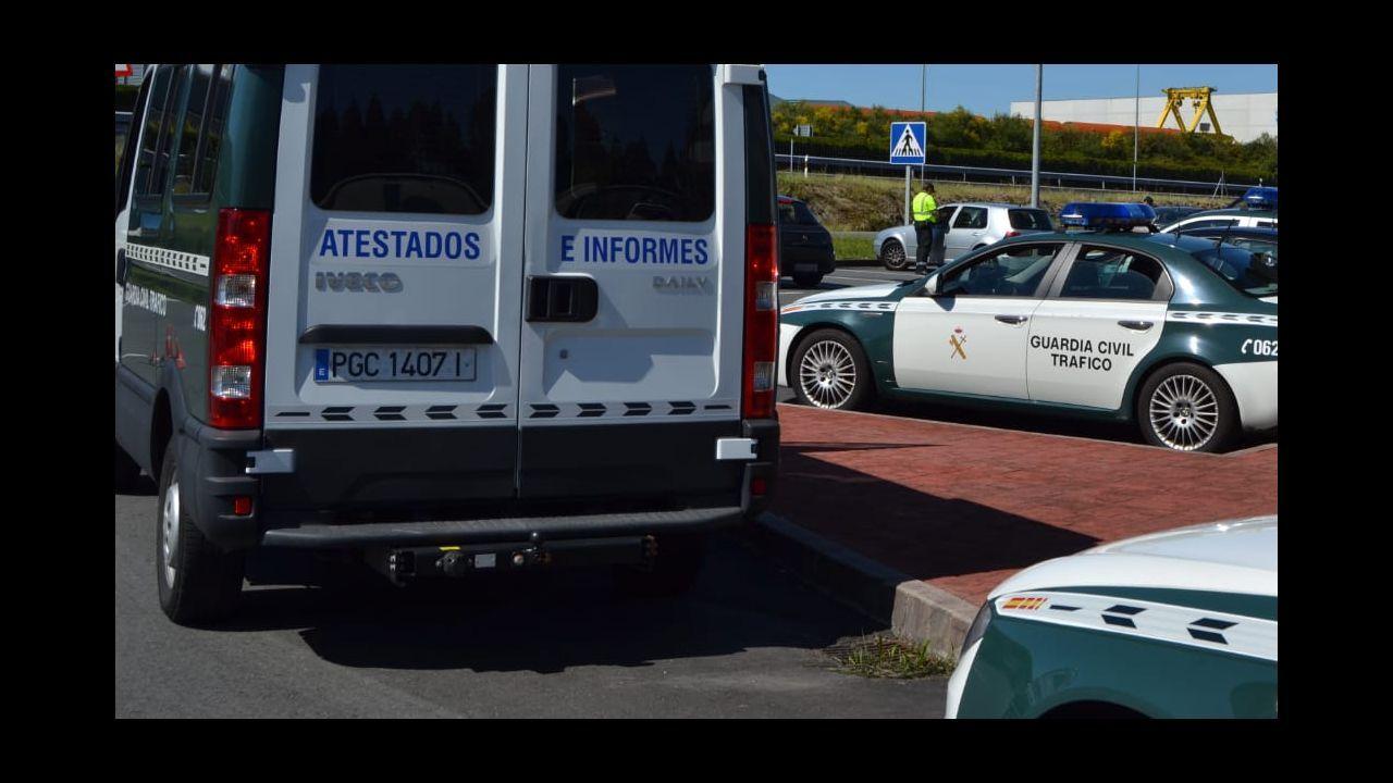 Imagen de archivo de vehículos de la Guardia Civil de Tráfico