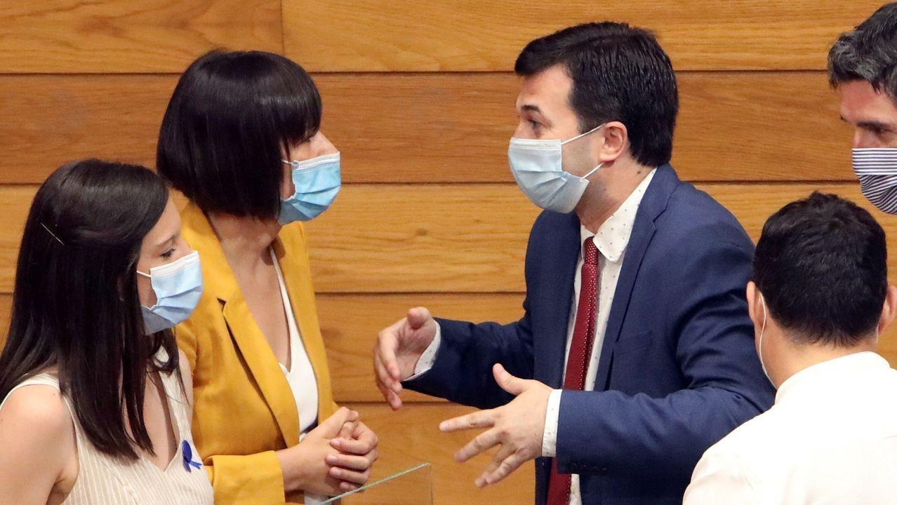 Ana Pontón y Gonzalo Caballero, en el Parlamento de Galicia