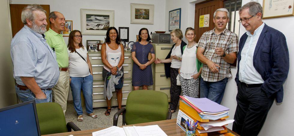 La reunión entre Concello y Vieiro tuvo lugar en la sede de la calle Vázquez de Parga.