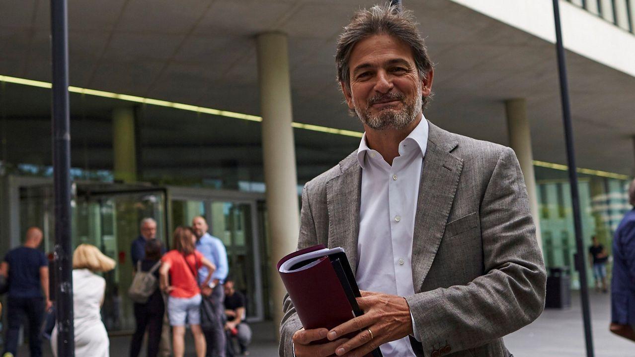 ¡Así se vivió la última asamblea de la Peña Barcelonista do Barbanza!.| EFE