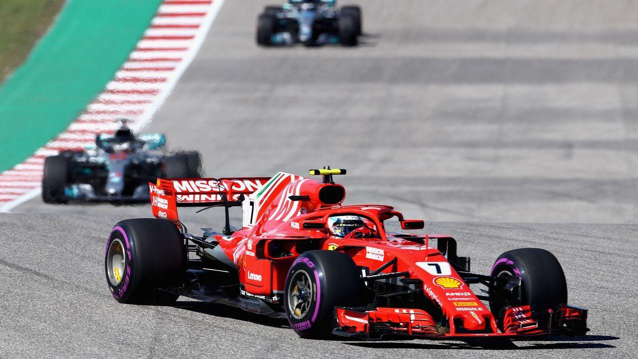 El Gran Premio de Formula uno de México en imágenes.Tatiana Calderón posa junto al Alfa Romeo Sauber F1
