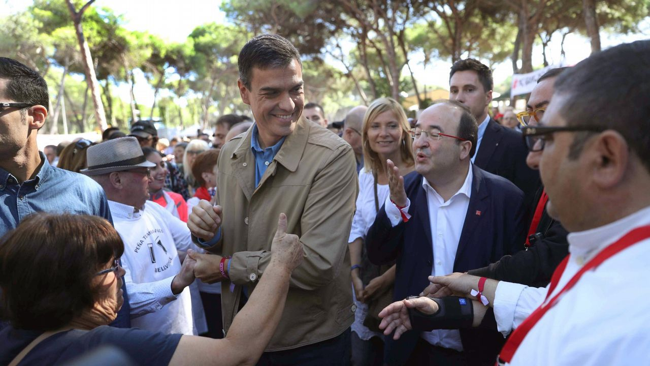 Ada Colau desvela que en dos ocasiones estuvo a punto de ser violada.Mariano Rajoy