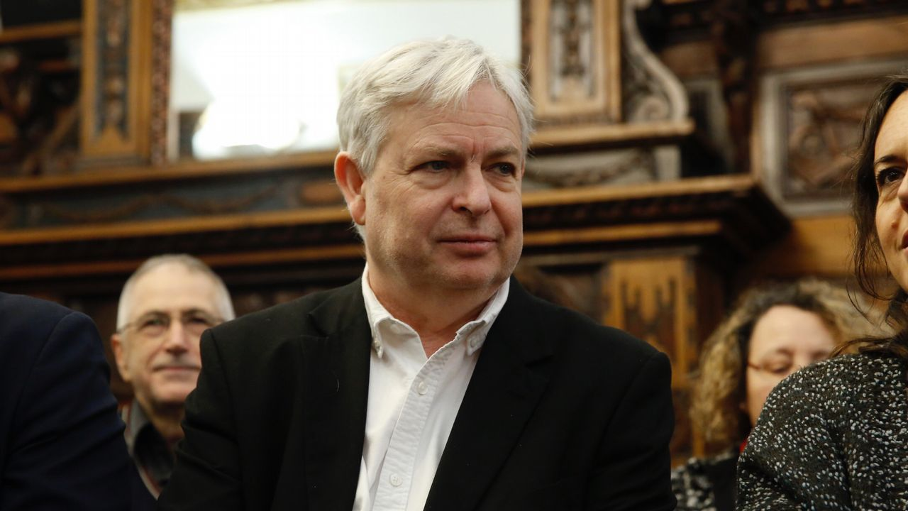 El narrador británico Jonathan Coe, en la entrega del premio de novela europea Casino de Santiago
