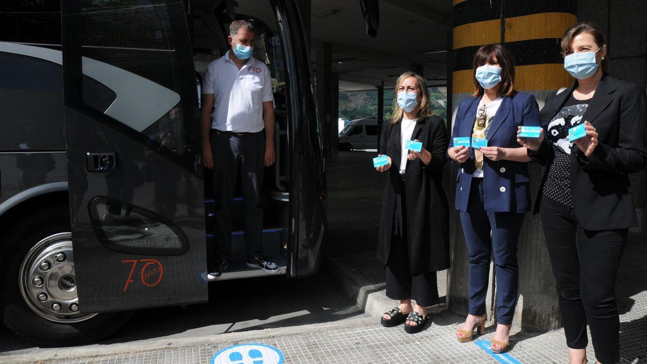 Mitin de Pedro Sánchez en Ourense.Ethel Vázquez, conselleira de Infraestructuras, en su visita a la antigua estación de buses de Ourense