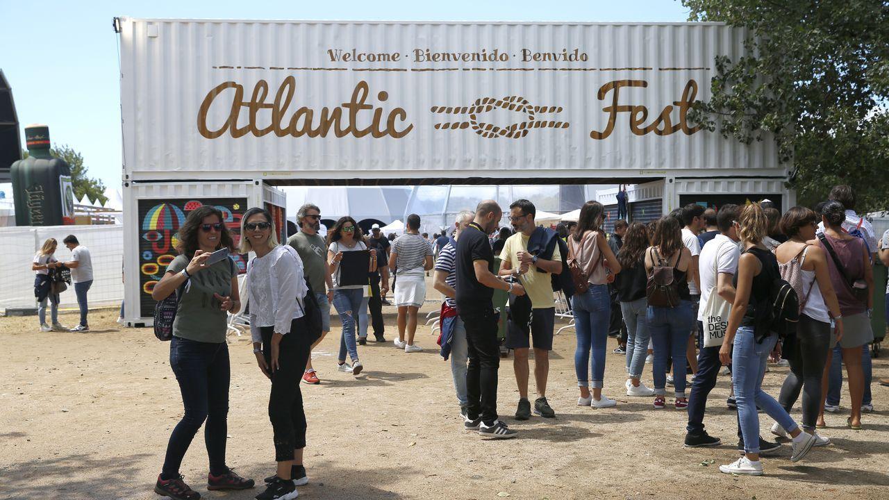 Las imágenes del Atlantic Fest.LOVE OF LESBIAN