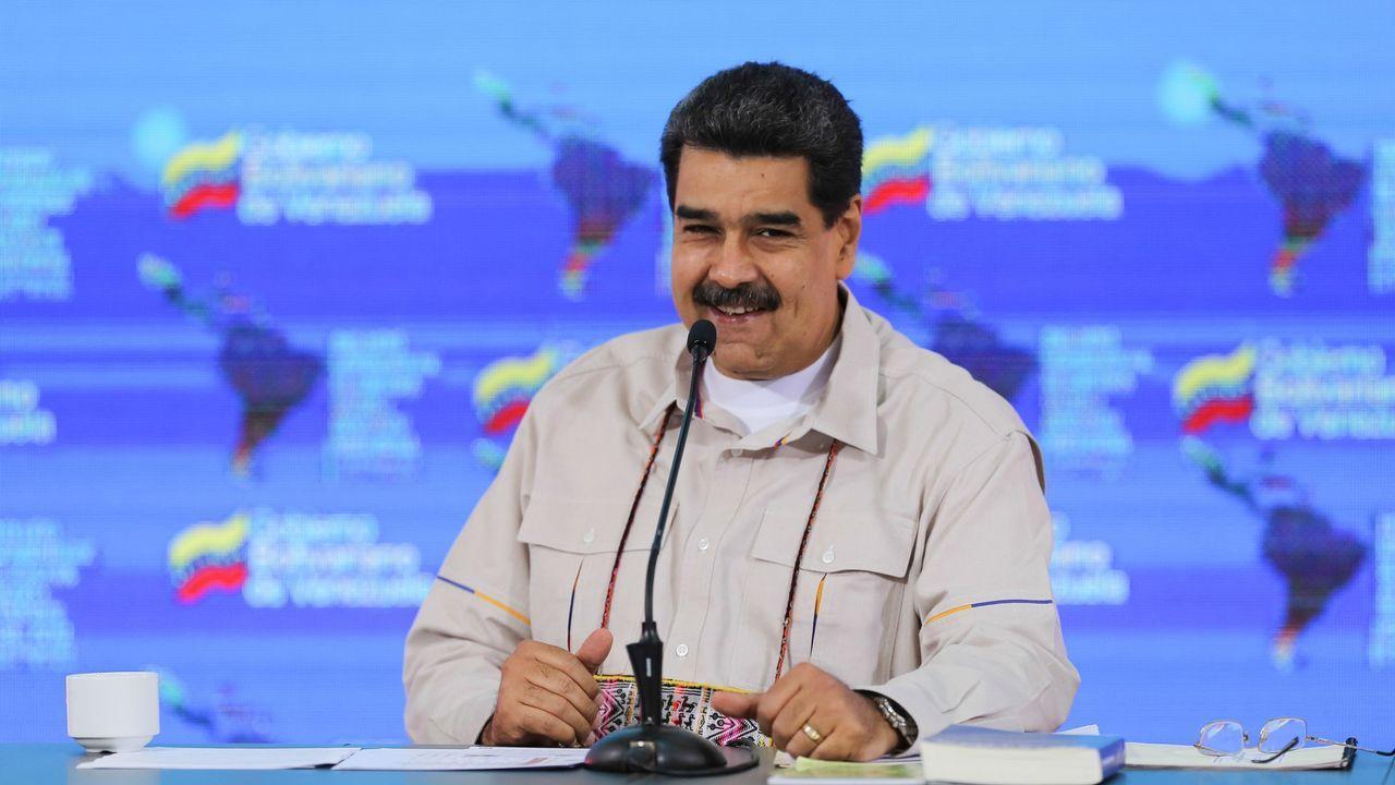 Los venezolanos hicieron cola para pasar a Colombia tras el anuncio de Maduro
