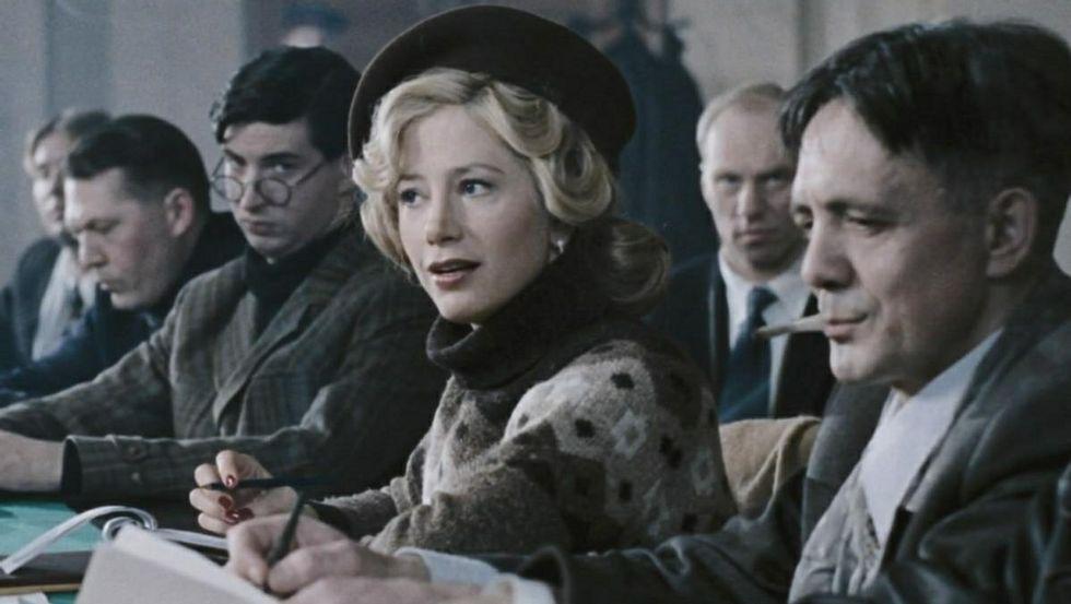 Mira Sorvino es una de las actrices que participan en el filme «Leningrado».