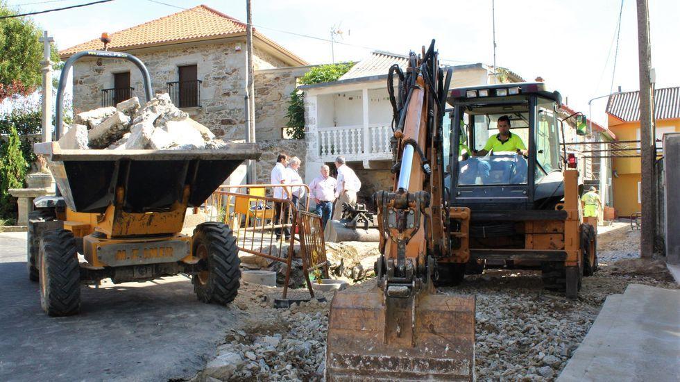 La concejala Milagros Lantes y el alcalde, Evencio Ferrero, presentaron ayer los asuntos del primer pleno ordinario del mandato