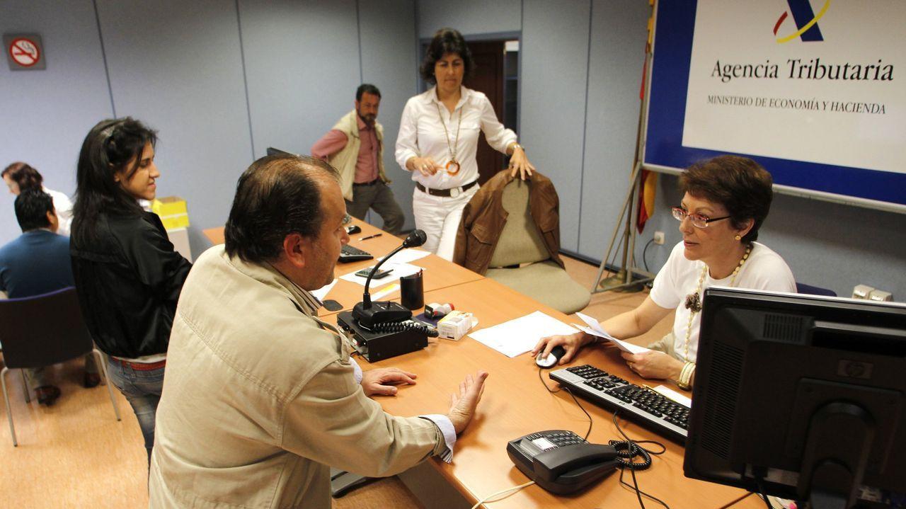 En la imagen, de archivo, una oficina de atención al contribuyente de la Agencia Tributaria
