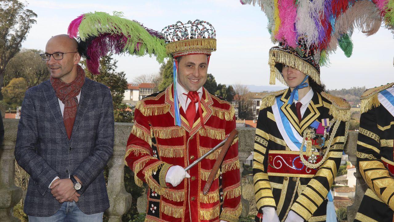Arzúa y Touro dan la bienvenida al carnaval y Vedra celebra su entroido municipal.El premio, organizado por el IES Rosalía de Santiago, se falló anoche y distinguió 8 trabajos