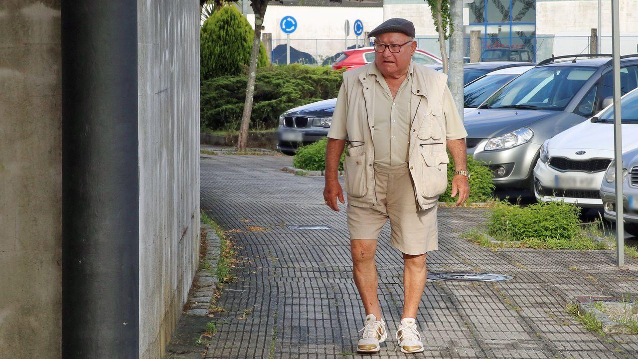 La red de trata de blancas desarticulada creó una red de pisos por todo Santiago.Policía local de Gijón