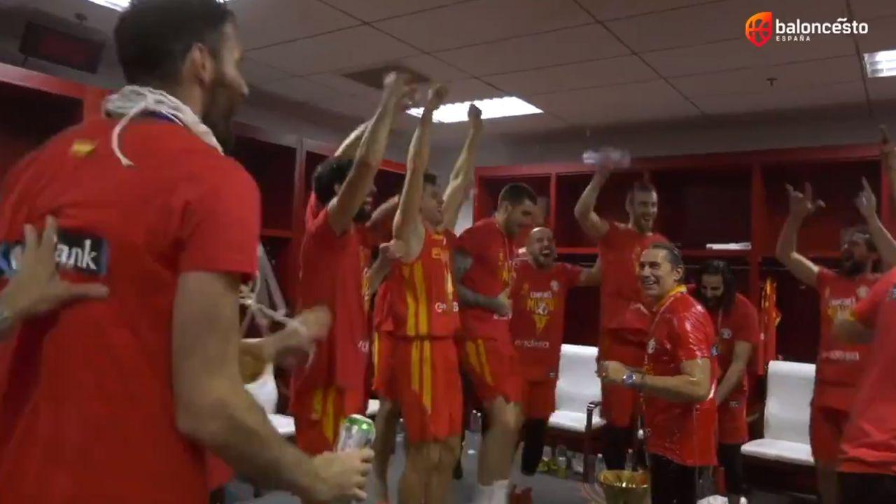La selección española de baloncesto ya está en España.Fernando Romay, en el video difundido por la Concejalía de Medio Ambiente