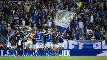 Los futbolistas azules, tras el encuentro ante el Almería