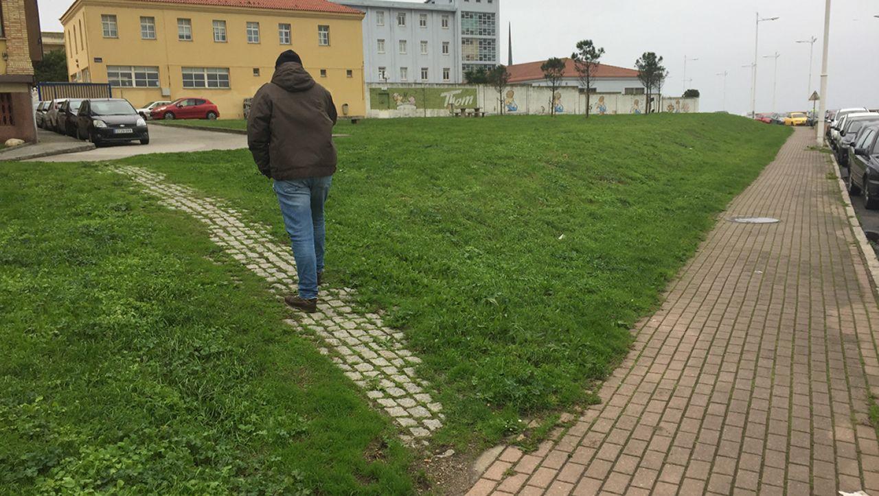 En esta vía alternativa que se encuentra en la zona del Millenium, en A Coruña, se ha optado por integrarla y acondicionarla para subsanar un déficit en el acceso a la cala de San Roque