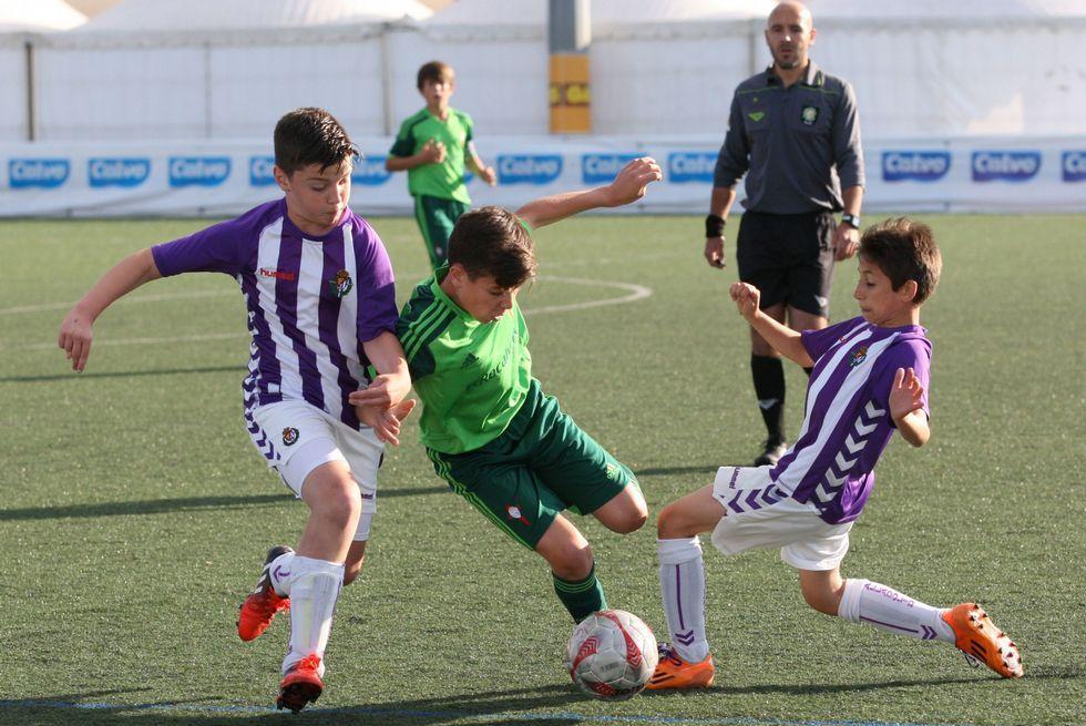 El San Sadurniño celebró el título de Copa femenina