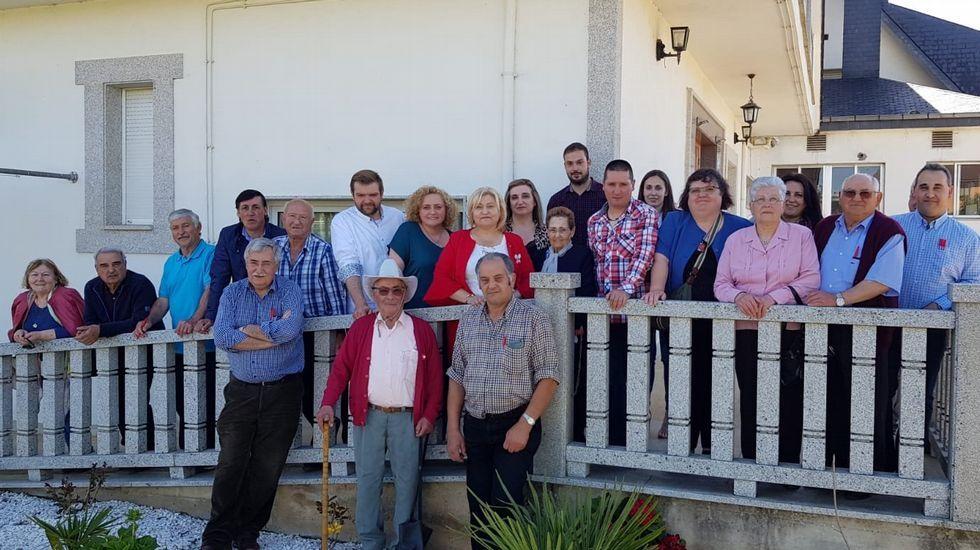 Viaxe ao pasado da man da Feira de Outrora.Miembros de la candidatura del PSOE en Bóveda, encabezada por Carmen Macía