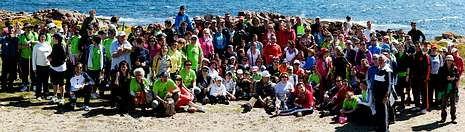 Uns vinte pintores de toda Galicia participaron onte no certame organizado pola Asociación de Empresarios<span lang= es-es >. </span>