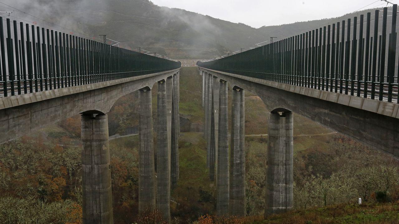 En directo, Feijoo tras el Consello de la Xunta.El viaducto de Teixeiras, en la línea de alta velocidad a Galicia, que debe ponerse en servicio este año