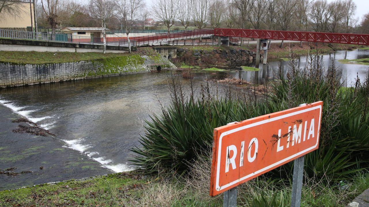 Río Miño a su paso por Ourense.Río Limia a su paso por Xinzo