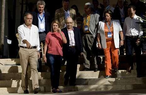 De Cospedal, acompañado de otros dirigentes del PP, en la escuela de verano del partido.