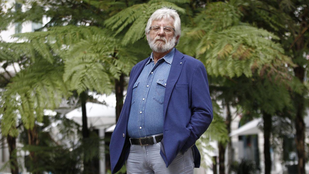 Xosé María Álvarez Cáccamo é un dos autores que participa en Respira! Web