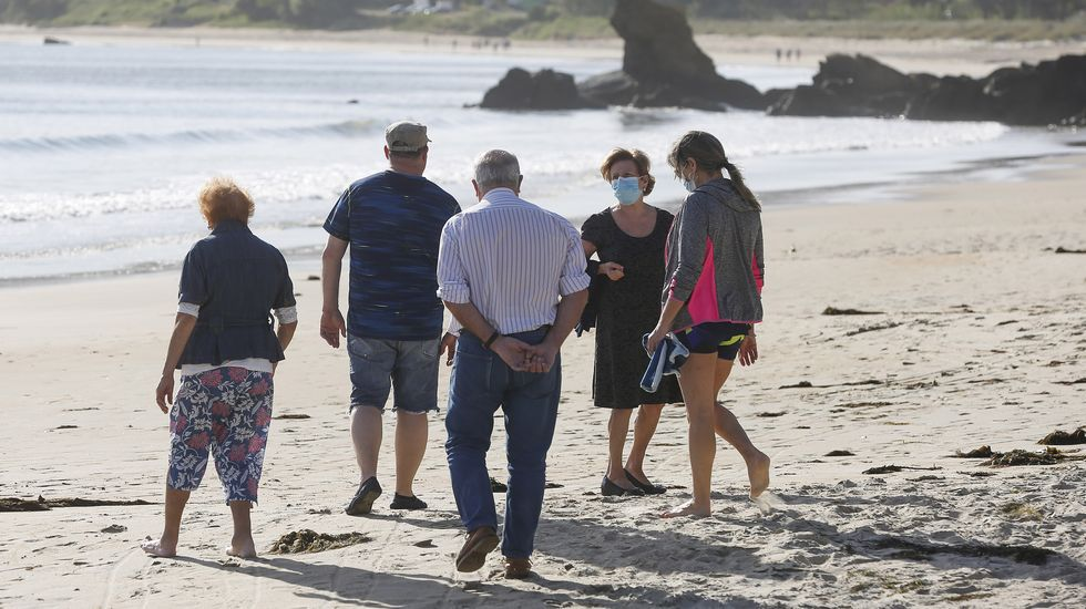 Desde hoy será posible pasear por todas las playas gallegas