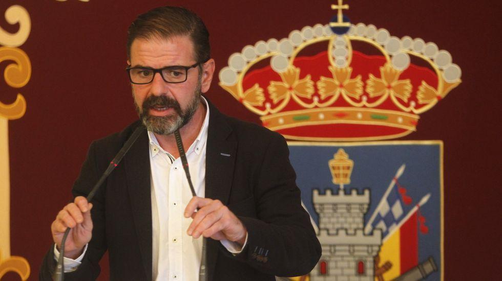 El alcalde de Ferrol, Ángel Mato, durante una comparecencia en el Concello, en foto de archivo