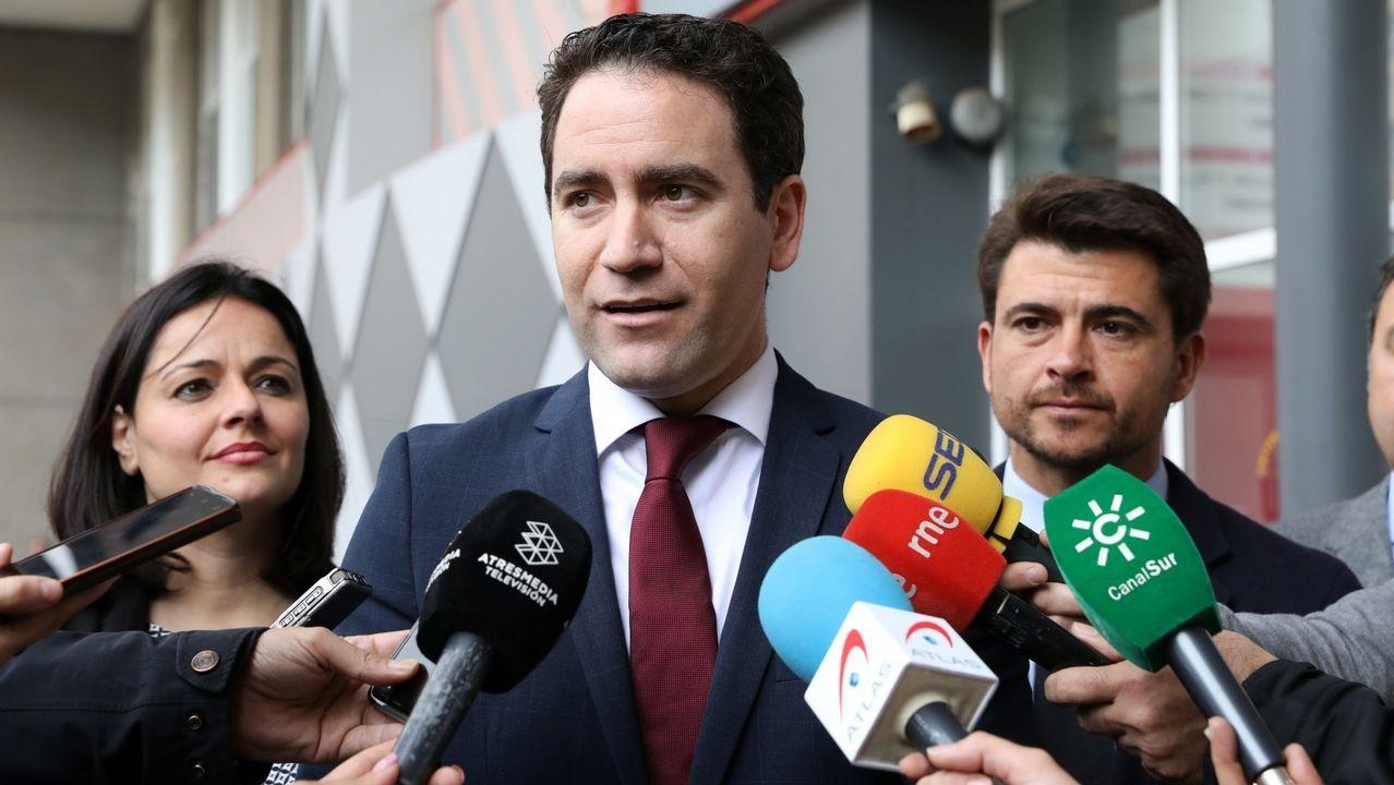 La Junta Electoral apercibe a Carmen Calvo por usar las redes del Gobierno contra el PP y Ciudadanos.Teresa Ribera, ministra para la Transición Ecológica