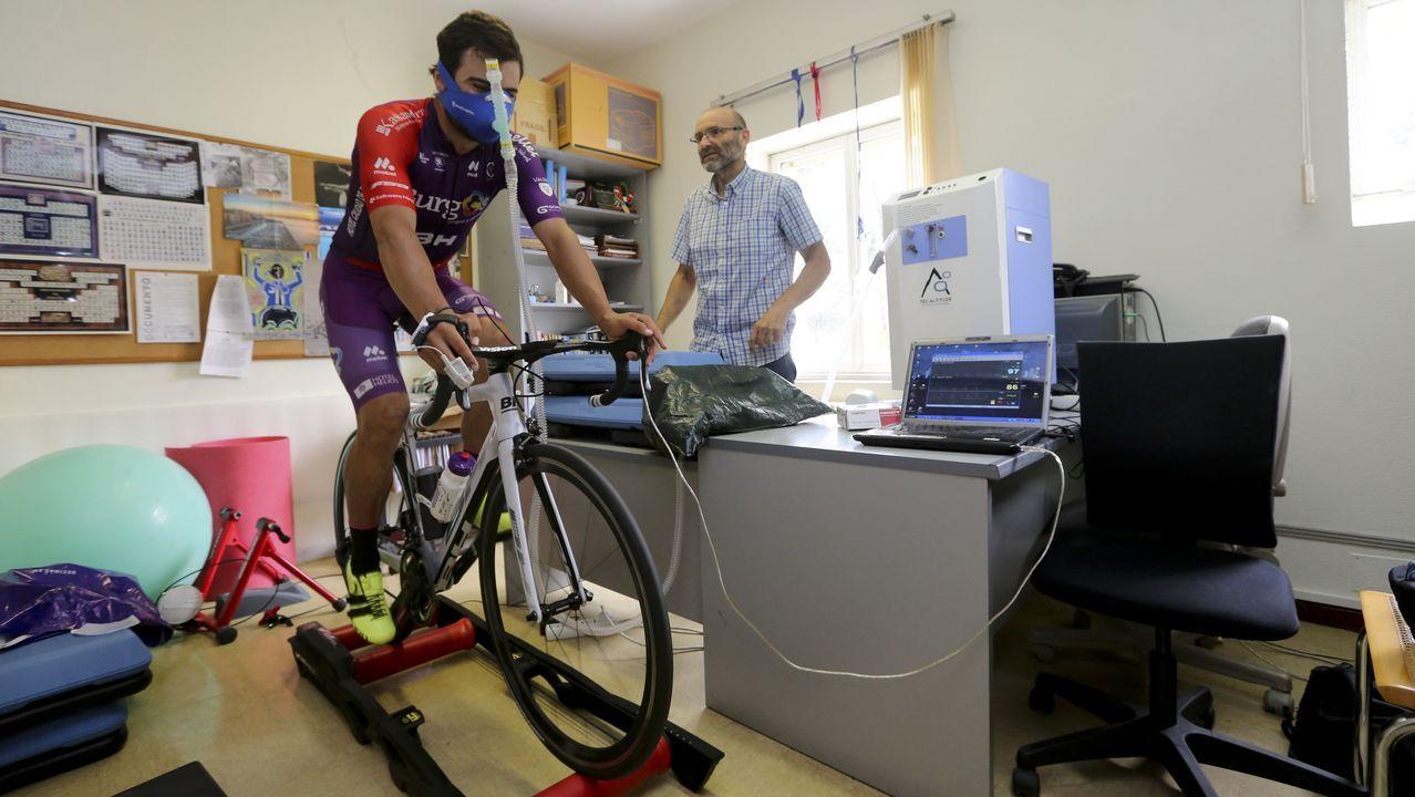 El entrenamiento de Dani López Parada con hipoxia para la Vuelta al lago Qinghai.Nairo Quintana en el momento de su ataque al Galibier